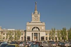 Gebäude des zentralen Bahnhofs von Wolgograd Stockfoto