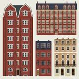 Gebäude eingestellt mit englischen klassischen Reihenhäusern Lizenzfreies Stockbild