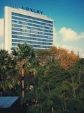 Gebäude im Dschungel Lizenzfreies Stockfoto