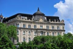 Gebäude im Freiheitsquadrat, Budapest Lizenzfreie Stockbilder