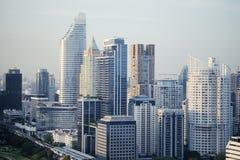 Gebäude im zentralen Geschäftsgebiet der Stadt stockfotografie