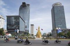 GEBÄUDE KAMBODSCHAS PHNOM PENH STADT-SKILINE Lizenzfreies Stockfoto