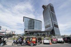 GEBÄUDE KAMBODSCHAS PHNOM PENH STADT-SKILINE Lizenzfreie Stockfotos