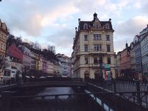 Gebäude in Karlovy Vary Stockbild