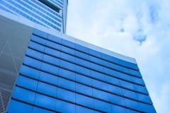 Gebäude mit blauem Himmel stockfotografie