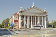 Gebäude Tsaritsyno-Ära, gemacht in einer klassischen Art, die ein neues experimentelles Theater ist stockfotos