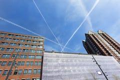 Gebäude und Flächenstreifen in Rotterdam lizenzfreies stockfoto