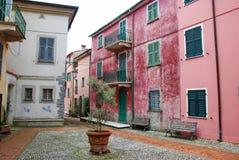 Gebäude voll von Farben stockfotografie