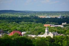 Gebäude von im Stadtzentrum gelegenem Lawrence in Douglas County, Kansas lizenzfreie stockbilder