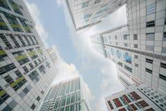 Gebäude von komplexem Wohnbogorodskiy Stockfotos