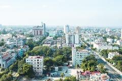 Gebäude von Kuba, in Havana-Ansicht des Himmels lizenzfreie stockfotografie