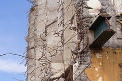 Gebäudedemolierung stockfotos
