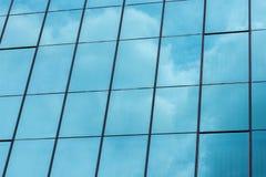 Gebäudehimmelspiegel Stockbild