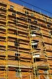 Gebäudeholz auf Aufbau des Hauses Stockbild