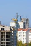 Gebäudekran. Lizenzfreie Stockfotos