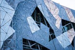 Gebäudemuster schließen oben in Fed Square Melbourne lizenzfreie stockfotos