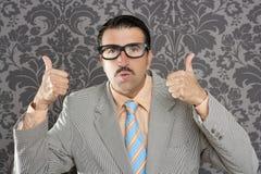Gebaar van de de zakenman het o.k. positieve hand van Nerd Stock Foto