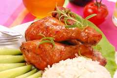 Gebackene Hühnerbeine mit Honig Lizenzfreie Stockfotos