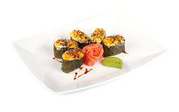 Gebackene Sushi auf einer Platte Stockfoto