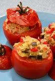 Gebackene Tomate mit Reis und Gemüse Lizenzfreie Stockbilder