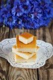 Gebackener Pudding des Hüttenkäses, Stockfotos