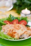 Gebackenes Fleisch mit Pilzen Stockfoto