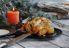 Gebackenes Huhn für Weihnachten stockfotografie