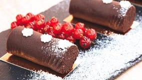 Gebakjes en zoete heerlijke desserts royalty-vrije stock afbeelding