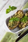Gebakken aubergine met basilicum en kaas Royalty-vrije Stock Afbeelding