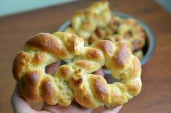 Gebakken vers challah, gevlecht brood Royalty-vrije Stock Afbeelding