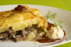 Gebakken vlees met aardappel Stock Afbeeldingen