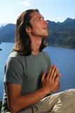 Gebed op de berg royalty-vrije stock afbeelding