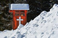 Gebed` s plaats bij Bolboci-chalet, Bucegi-bergen stock foto