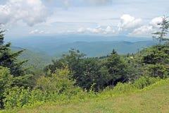 Gebeeldhouwde Wolken over het Nationale Park van Great Smoky Mountains stock foto