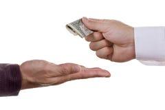 Geben des Geldes Lizenzfreies Stockbild