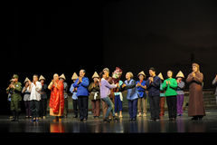 Geben Sie den Schauspielern Blumen Jiangxi-Oper eine Laufgewichtswaage Stockbild
