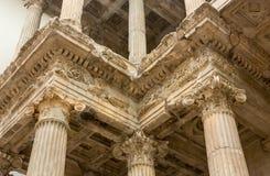 Geben Sie den Transportwagen bekannt, der timelapse des alten Tempels Poseidon-Monuments im Kap Sounio von Athen, Griechenland au Lizenzfreies Stockbild