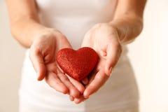 Geben von Liebe stockfotografie