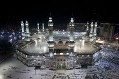 Gebet und Tawaf von Moslems um AlKaaba im Mekka, Saudi Arabi stockfoto