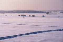 Gebied dat met sneeuw van voetpadden wordt behandeld stock afbeeldingen