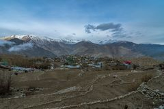 Gebieden - Nako-Dorp, Kinnaur-Vallei, Himachal Pradesh stock foto's