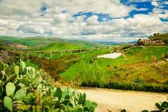 Gebieden onder cultuur in centraal Sicilië Stock Foto's