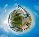 Gebiedplaneet Brug en Bibliotheek in de stad van Riga, Letland 360 VR-Hommelbeeld voor Virtuele werkelijkheid, Panorama Royalty-vrije Stock Afbeeldingen
