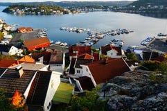 Gebiedsmening van Kragero en de fjord, Noorwegen Royalty-vrije Stock Afbeelding