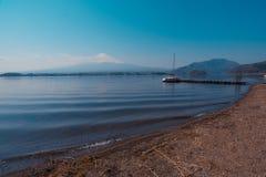 Gebirgs-Fuji-Ansicht vom See, das Symbol von Japan Lizenzfreies Stockfoto