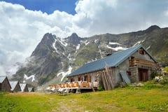 Gebirgscafé in den französischen Alpen Lizenzfreie Stockfotografie