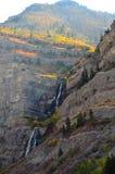 Gebirgsfälle 2 Stockbild