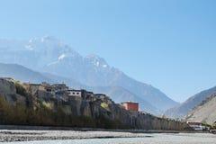 Gebirgsfluß im Himalaja Lizenzfreies Stockfoto