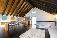 Gebirgshaus, Wohnzimmer Lizenzfreie Stockfotos