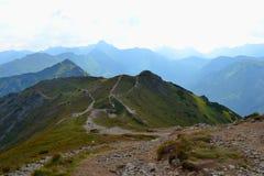 Gebirgshintergrund, Tatra-Berge, Polen Lizenzfreie Stockfotografie